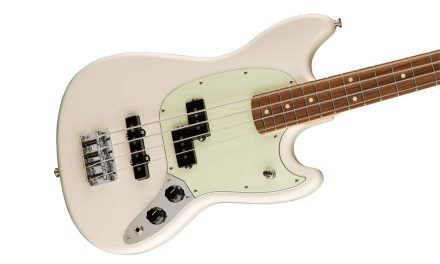 "Fender Mustang® Bass – ""The Little Horse That Kicks"""